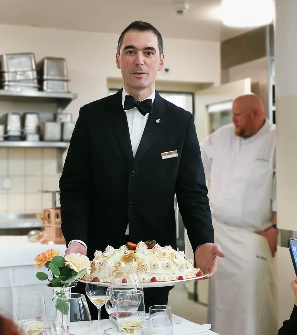 Waldhaus Sils Chefs Table - Omelette surprise, von Oscar Comalli präsentiert