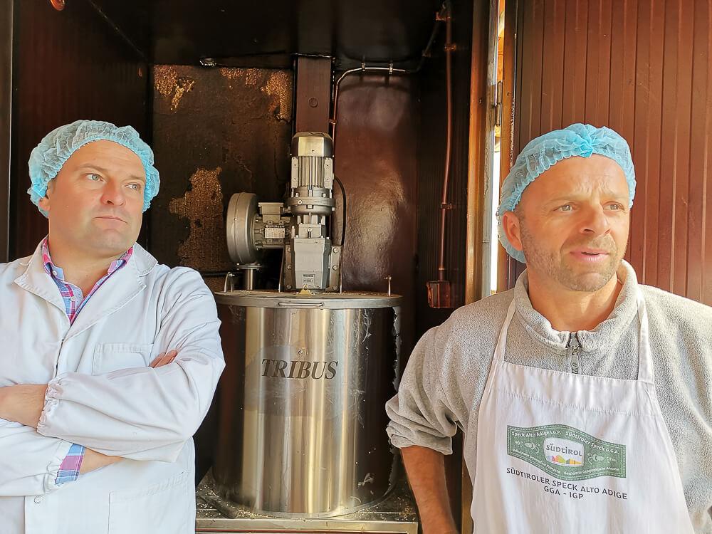 Speck aus Südtirol - Familie Schmid am Räucherofen