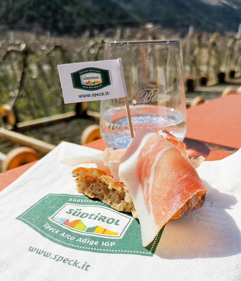 Speck aus Südtirol mit Schüttelbrot