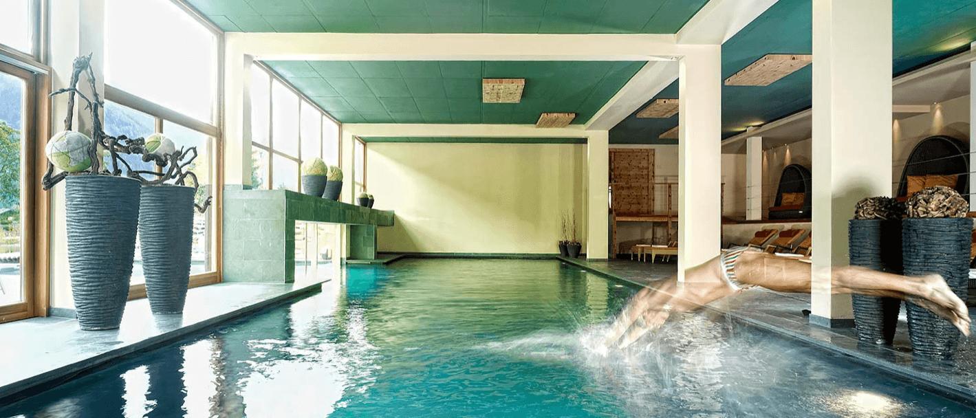 Arosea Life Balance Hotel - Der Innenpool (Foto by Arosea)