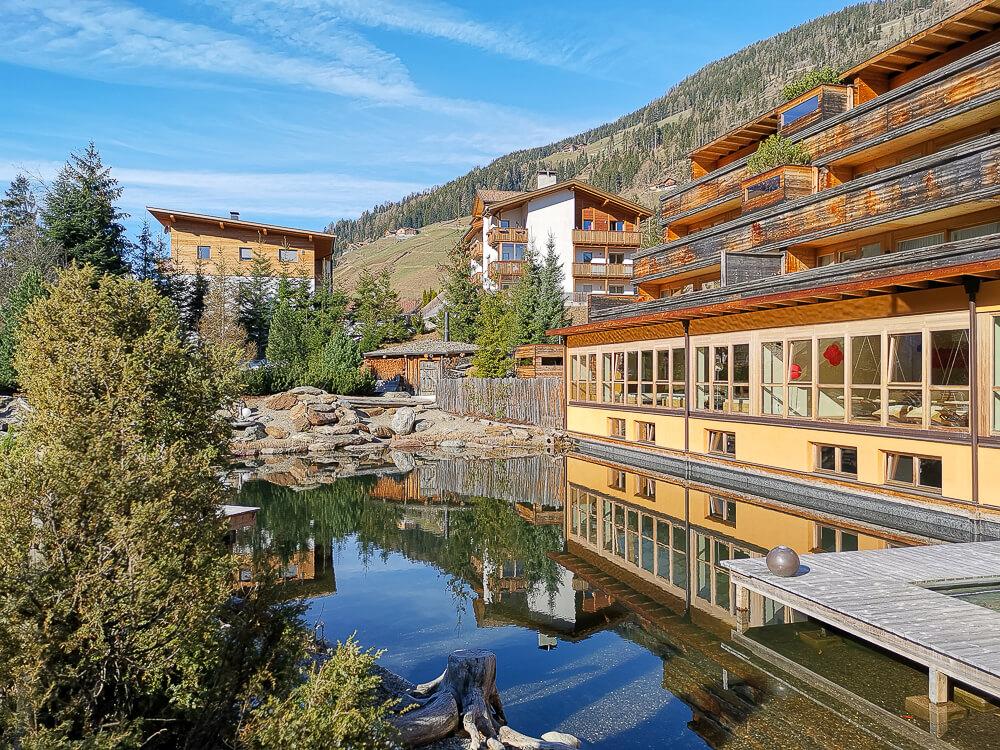 Arosea Life Balance Hotel - Natursee und Pool in einem