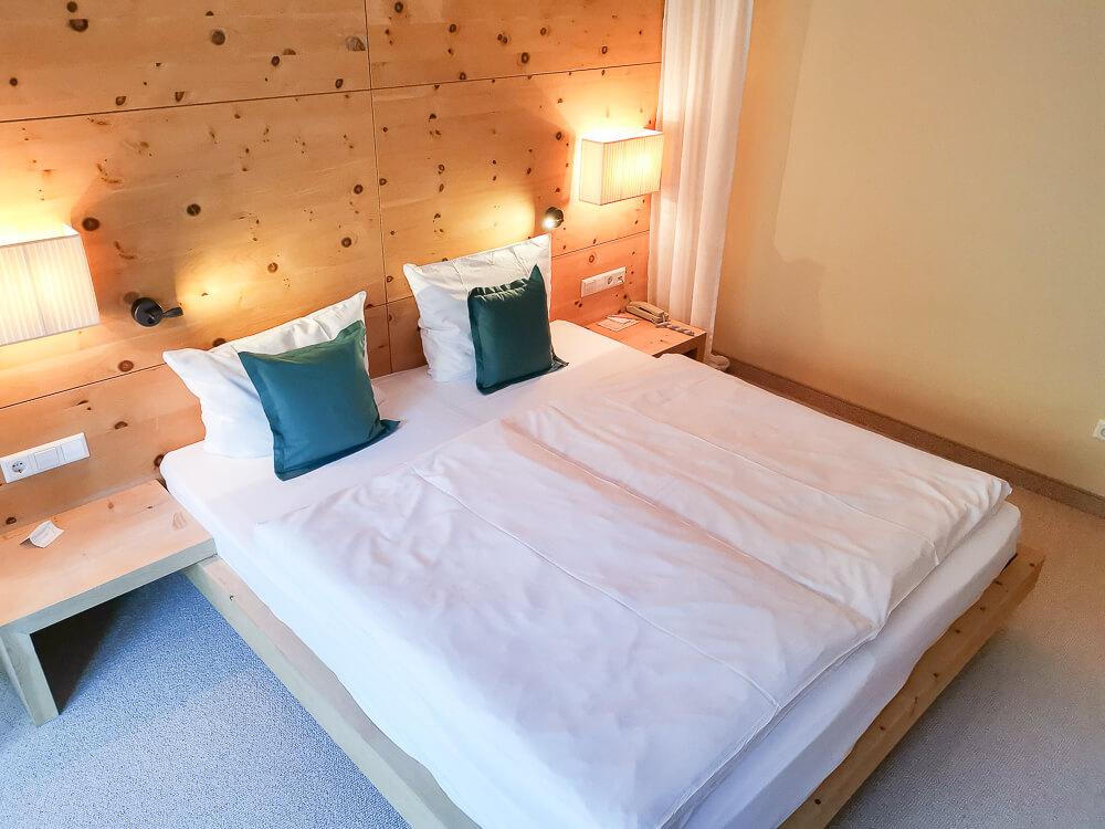 Arosea Life Balance Hotel - Schlafzimmer & Bett