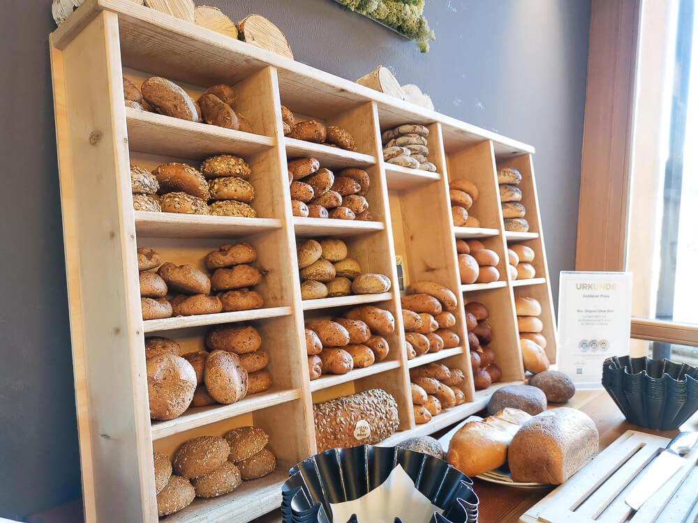 Arosea Life Balance Hotel - feines Brot und Brötchen