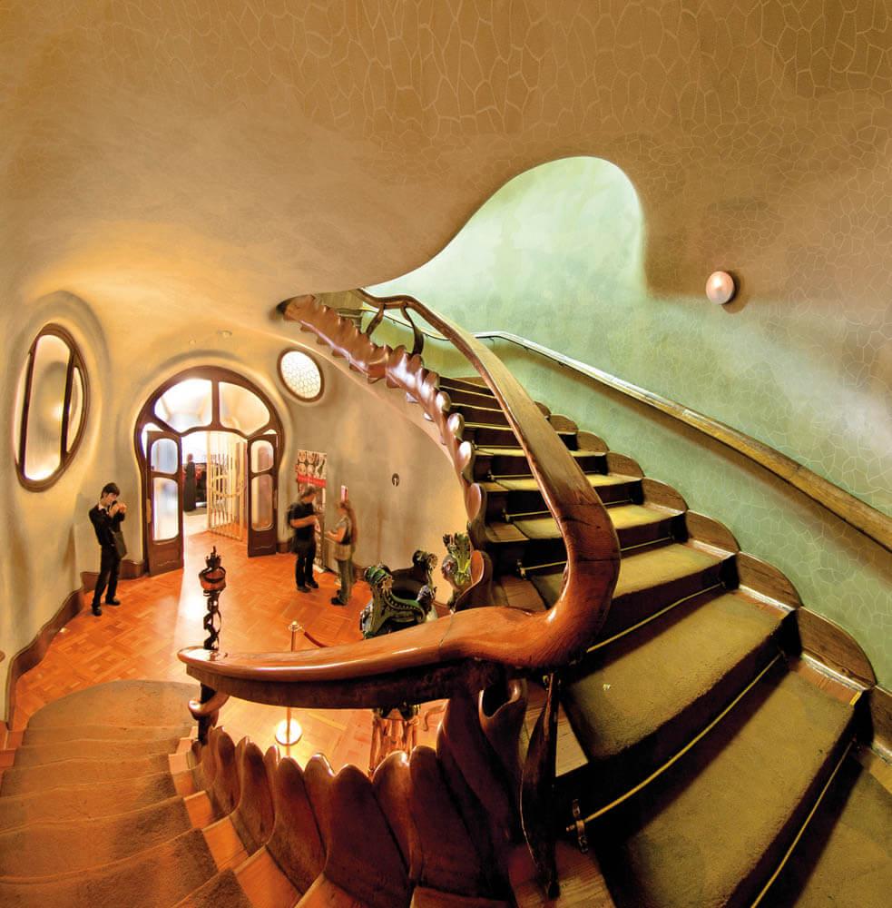 Antoni-Gaudis-iconic-architecture