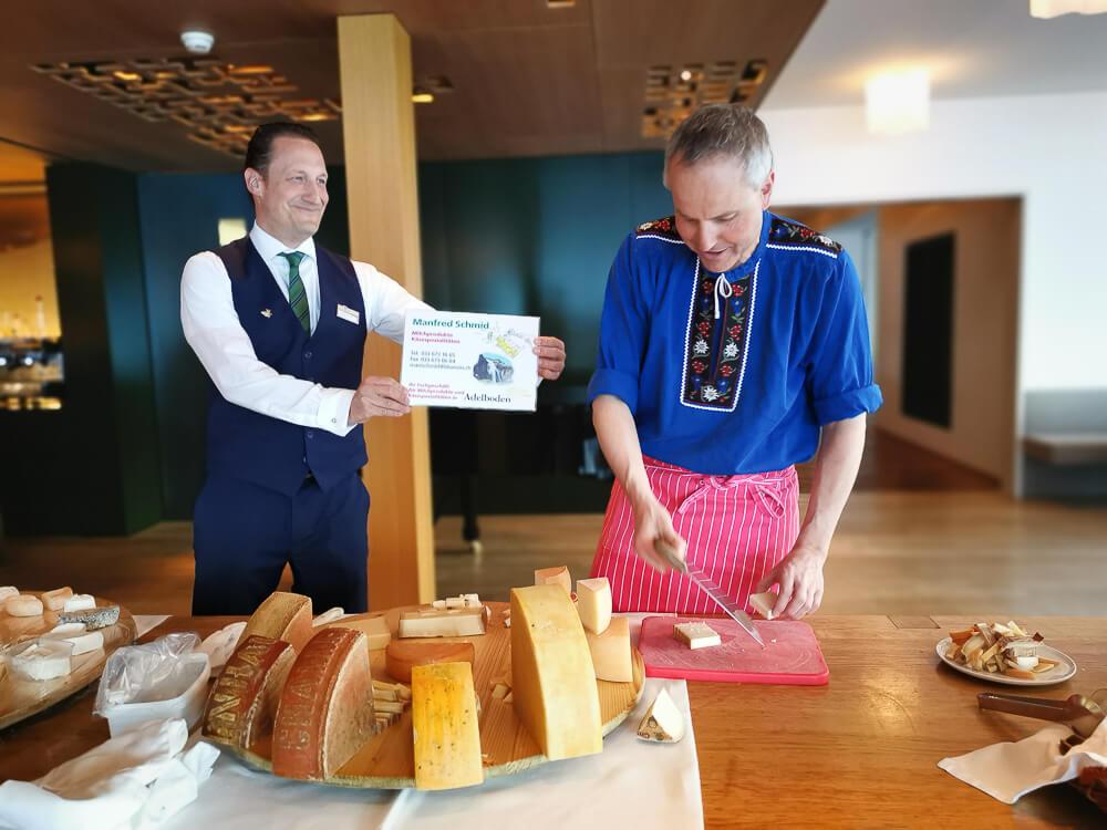 Parkhotel Bellevue & Spa Adelboden - Manfred Schmid der lokale Kaesehaendler