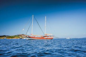 SCIC Sailing - Nemesis Segelboot für 16 Personen