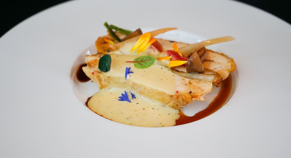 Esplanade Restaurant Saarbrücken, SUPRÊME vom Perlhuhn