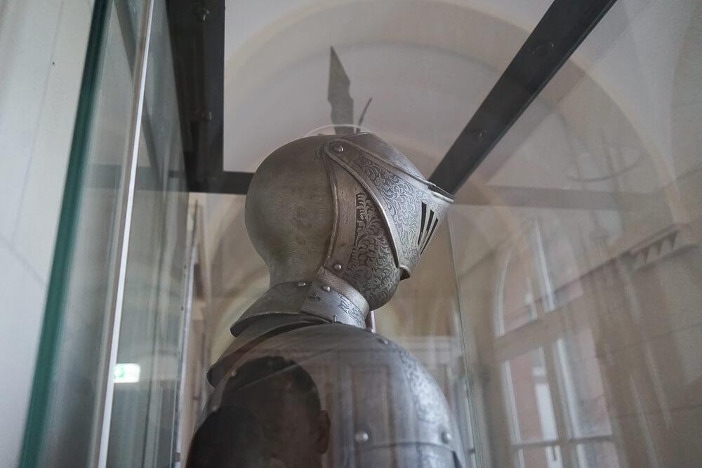 Derag Livinghotel De Medici - Ritter im Musem