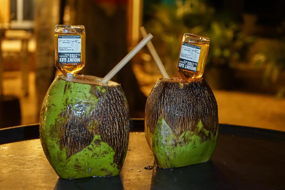 La Cabane, Barbados - Kokosnuss und Rum