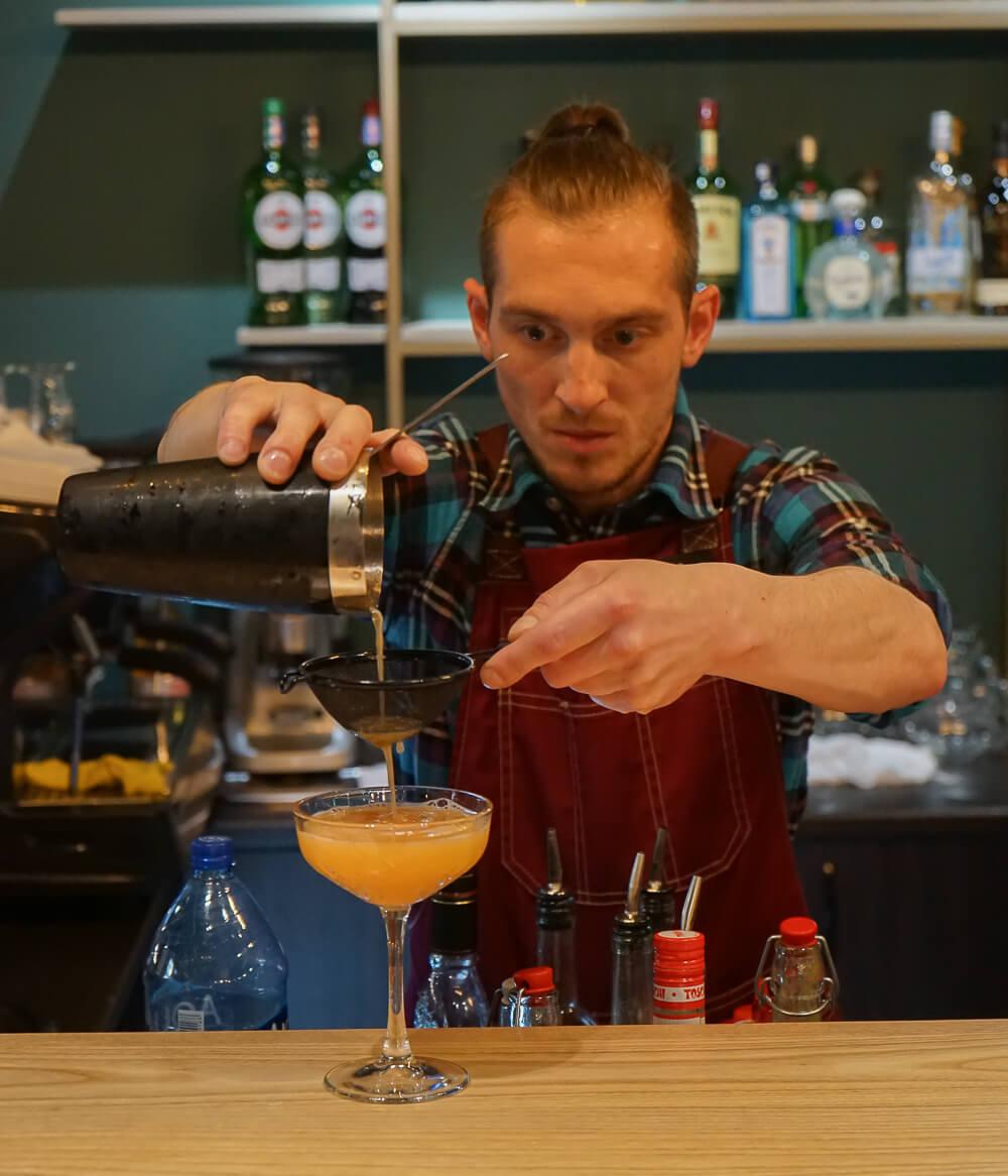 Po tihomu Gastrobar, Sochi - Barman