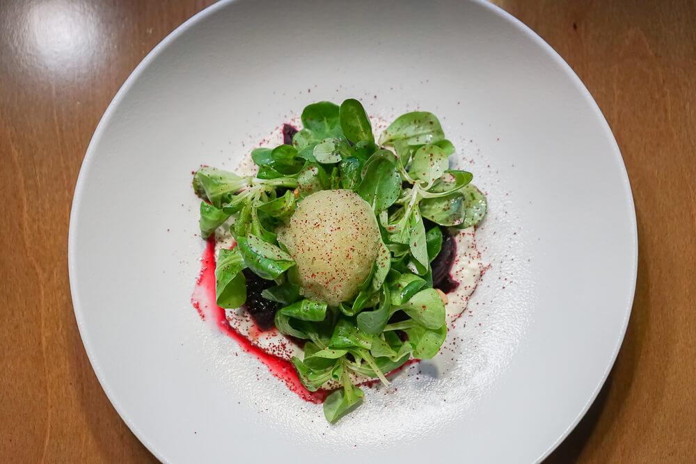 Po tihomu Gastrobar, Sochi - Rote Beete, Wasabi Kombination