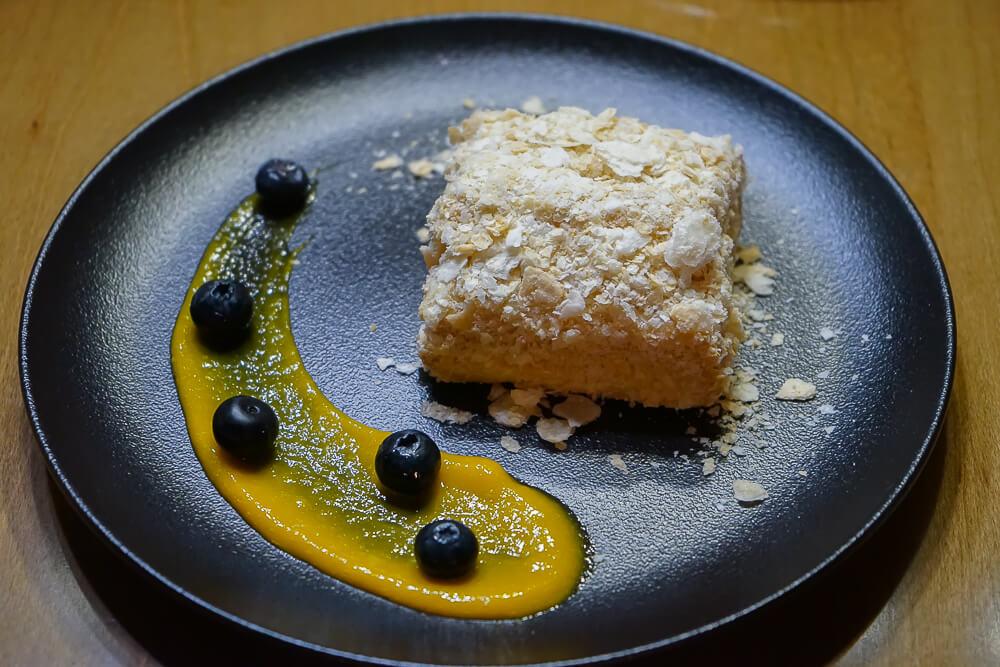Po tihomu Gastrobar, Sochi - fluffiger Kuchen
