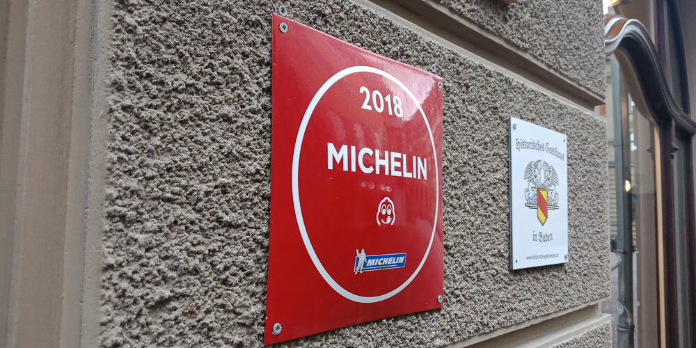 Colette by Tim Raue - Auch im Guide Michelin als Tipp