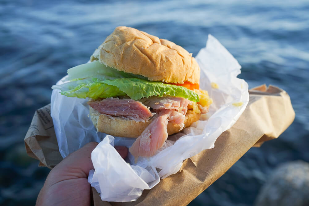 Food & Rum Festival Barbados - Food Truck Mashup ausgefallene Burger Kreationen