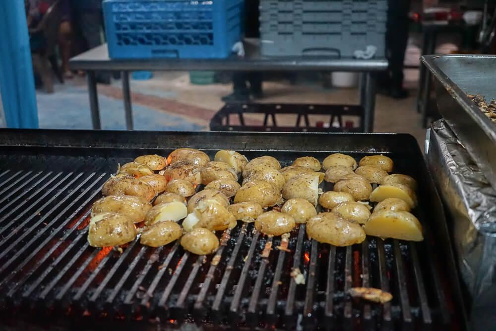 Food & Rum Festival Barbados - Kartoffeln vom Grill
