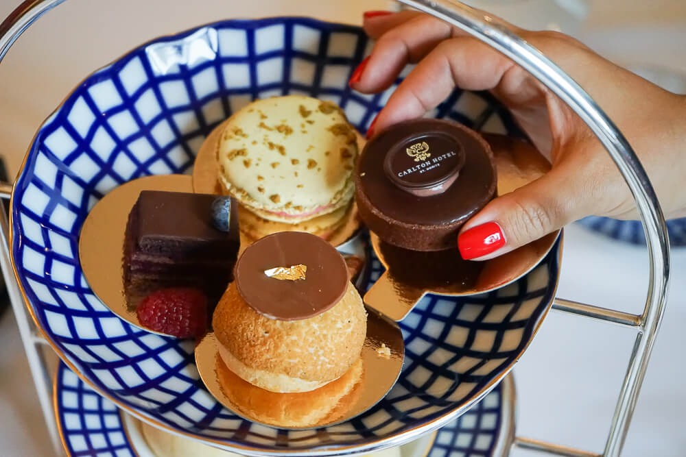 Carlton Bar & Lobby - Stilvoller Afternoon Tea 2