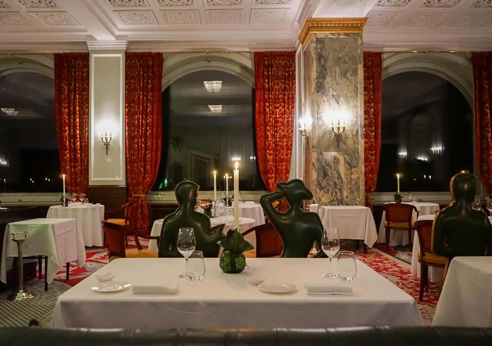 Carlton St. Moritz - Romanoff Restaurant - großartiges Ambiente