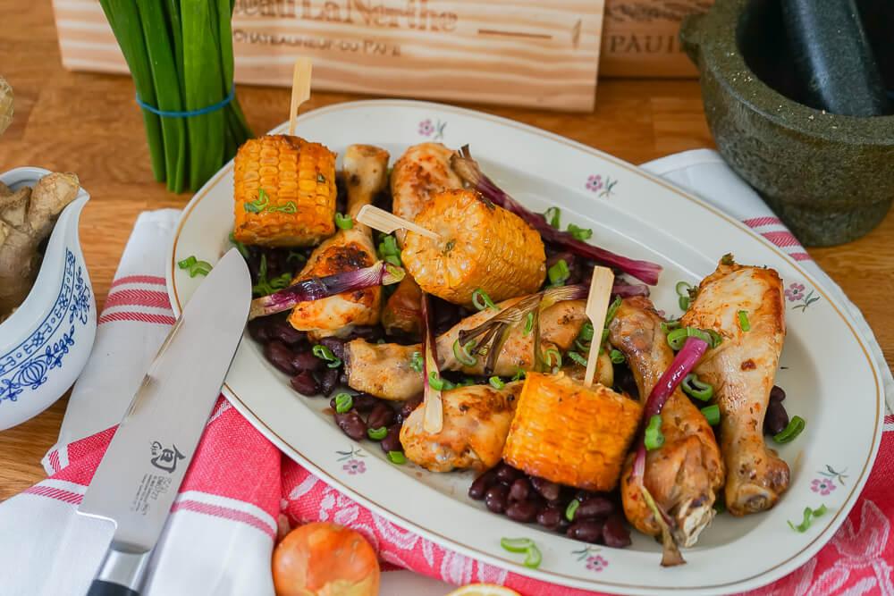 Curry-Hähnchen mit Bohnen und Mais