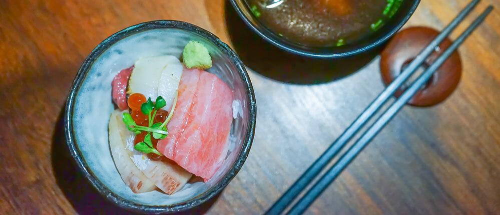Zenkichi Restaurant Berlin - Sashimi, Reis und Misosuppe