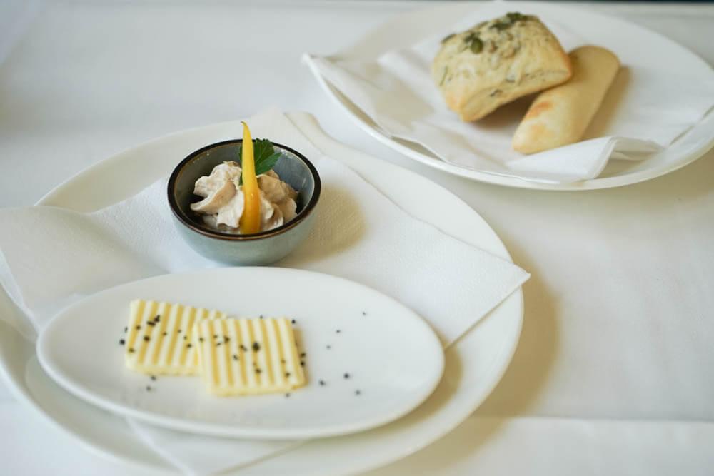 Restaurant Holzapfel - Brot und Butter frisch