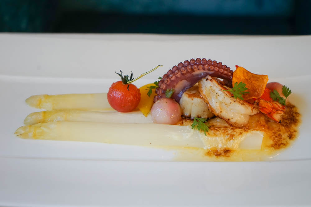 Restaurant Holzapfel - Spargel & Seafood