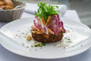 Hotel & Gasthaus Krone - Bunter Blumenkohl aus dem vegetarischen Menü