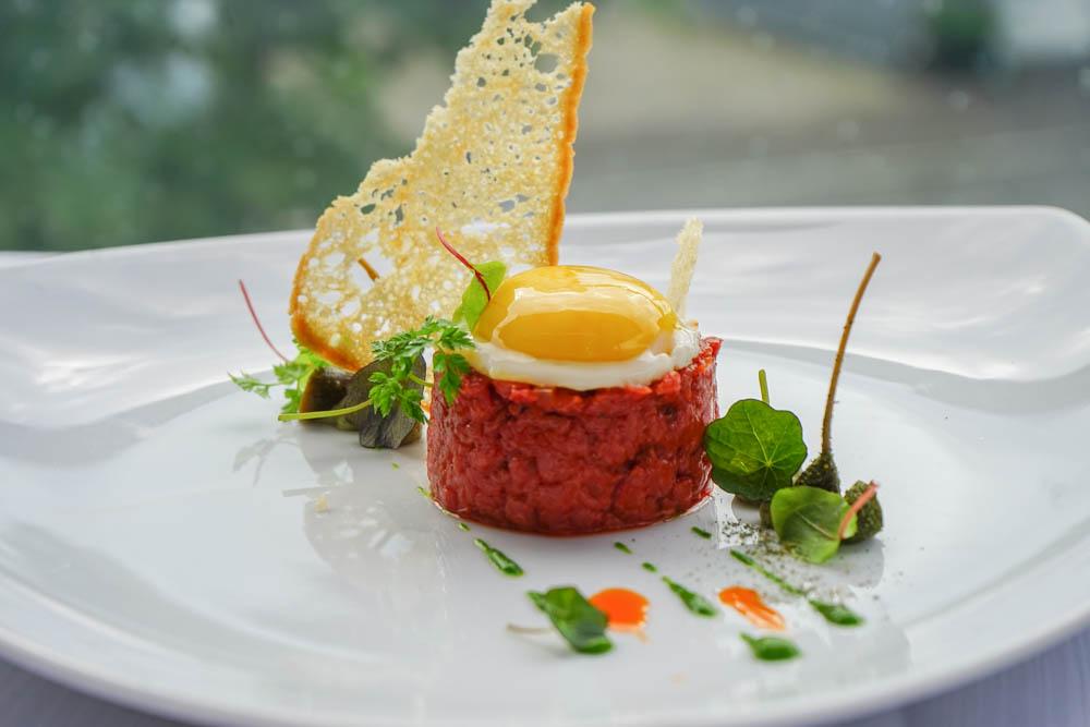Hotel & Gasthaus Krone - Tatar vom Weiderind - köstlich