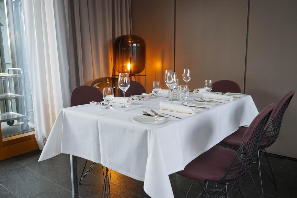 Hotel & Gasthaus Krone - gedeckte Tische mit Stil