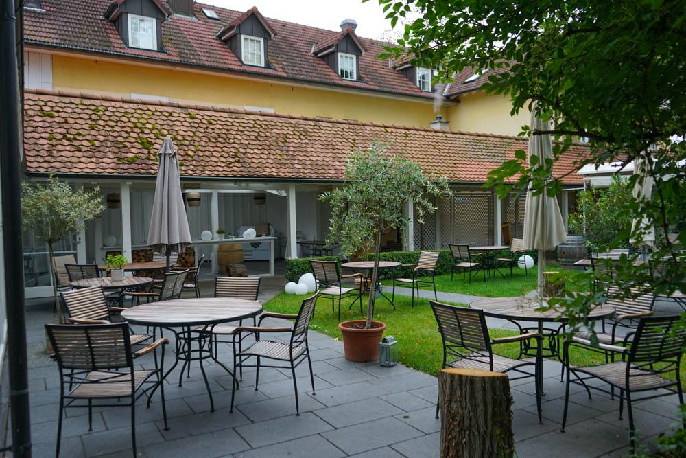 Hotel Restaurant Mühle in Binzen - toller Sommergarten