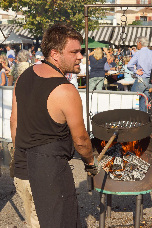 Kastanienfest in Ascona - Maronatt Röster bei der Arbeit