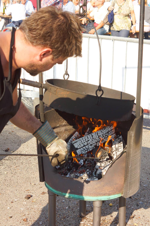 Kastanienfest in Ascona - ausreichend Hitze muss vorhanden sein