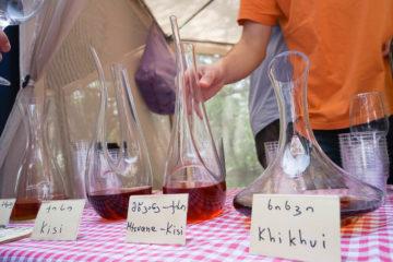 New Wine Festival in Tbilisi - Wein im Dekanter