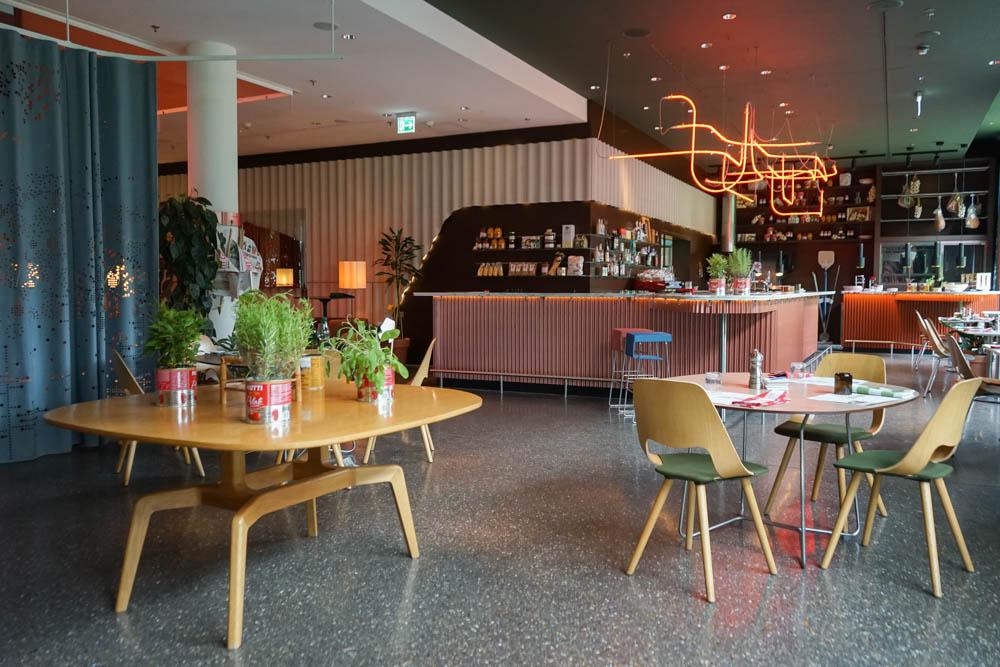 Ribelli Restaurant Raumdesign (Corona abgespeckt)