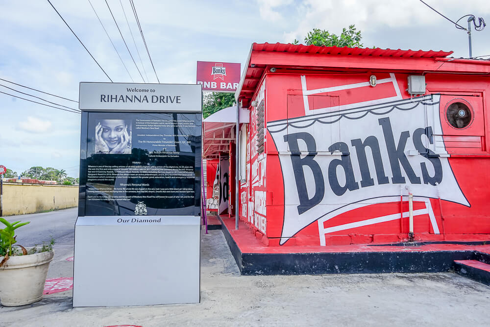Rihanna Drive auf Barbados - Eingang zur Straße