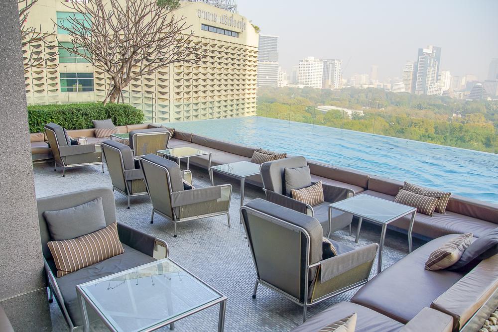 SO Sofitel Bangkok - Infinity Pool in Bangkok