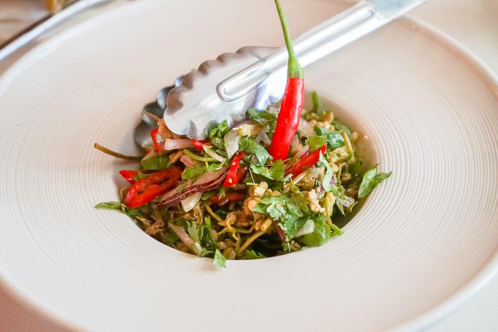 Mindal Café, St. Petersburg - Jonjoli Salat, halbscharf