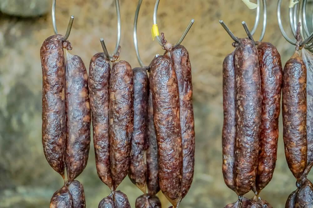 Agros auf Zypern - traditionelle Räucherprodukte 2