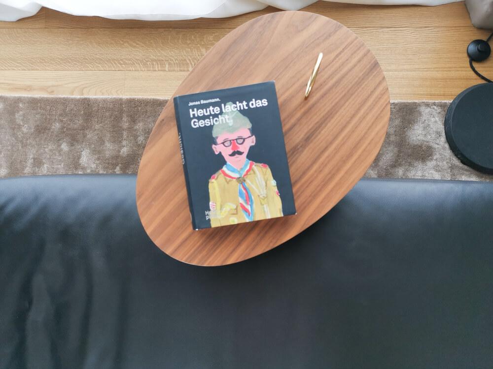 Hotel & Restaurant Krone, Weil am Rhein - etwas zu Lesen