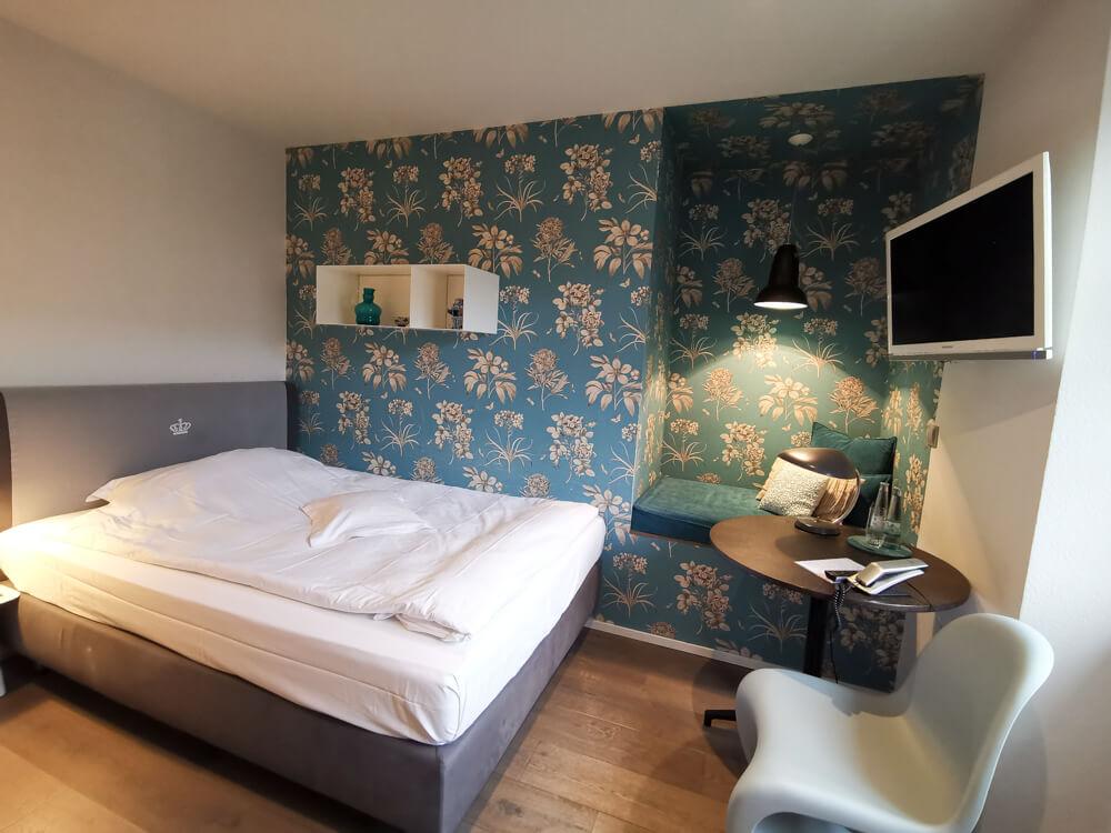 Hotel & Restaurant Krone, Weil am Rhein - stilvolle Zimmer im Altbau