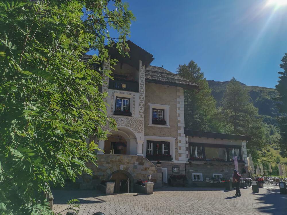 Hotel Waldhaus, Sils - Val Fex, Kaffee und Kuchen hier