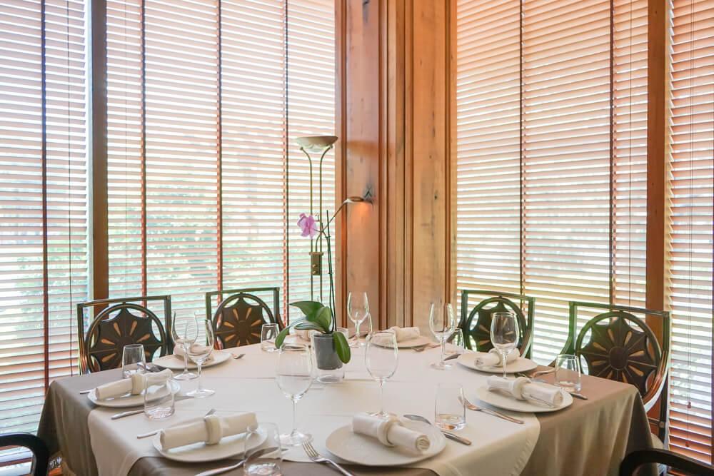 Vinotel Restaurant, Tiflis - Stilvolles Ambiente