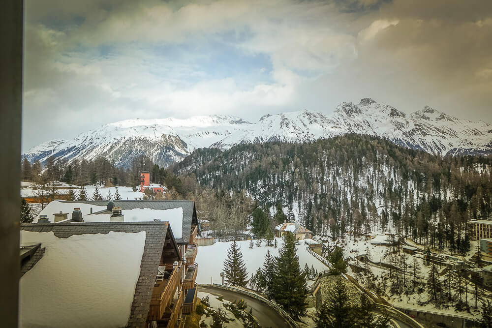 Carlton Hotel St.Moritz - Blick aus dem Schlafzimmer