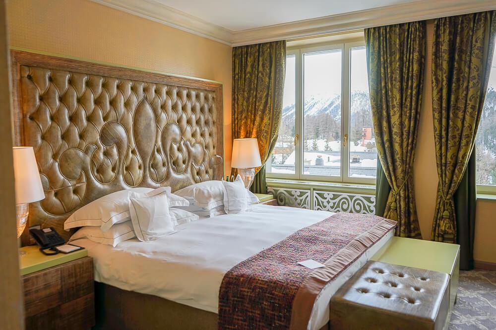 Carlton Hotel St.Moritz - Kingsizebett
