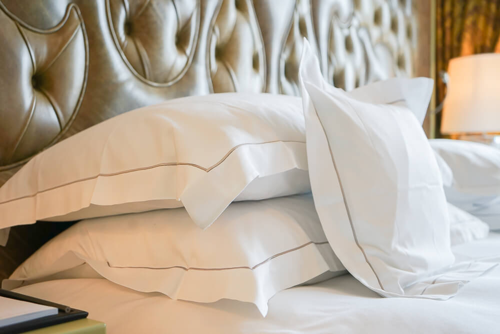 Carlton Hotel St.Moritz - kein Kopfkissen Mangel