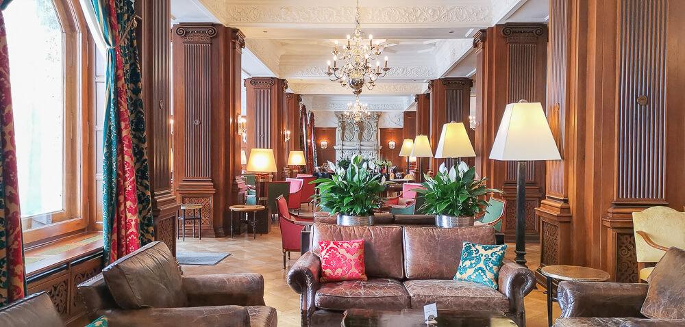 Carlton Hotel St.Moritz - stilvolle Lobby