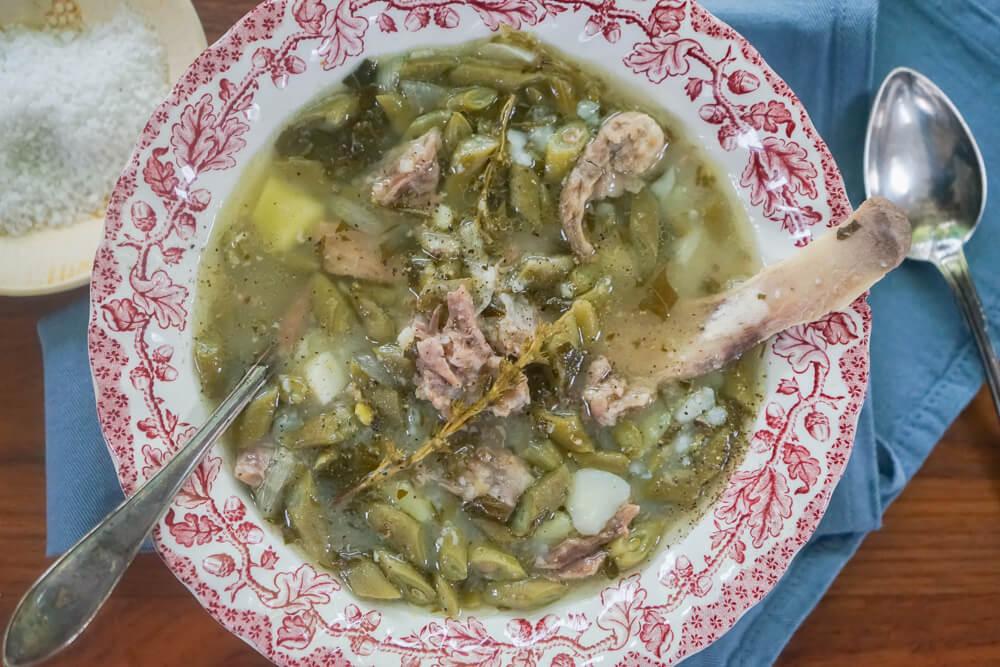 Grüne Bohnensuppe mit Rippchen 1