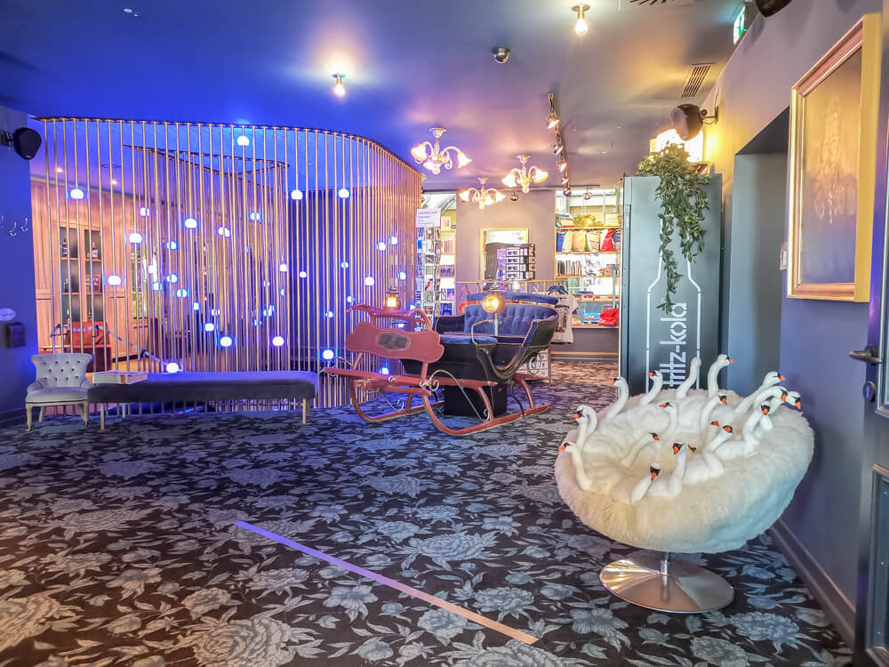25hours Hotel München The Royal Bavarian - Lobby