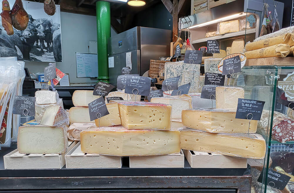 Borough Market, London - Käse aus aller Welt