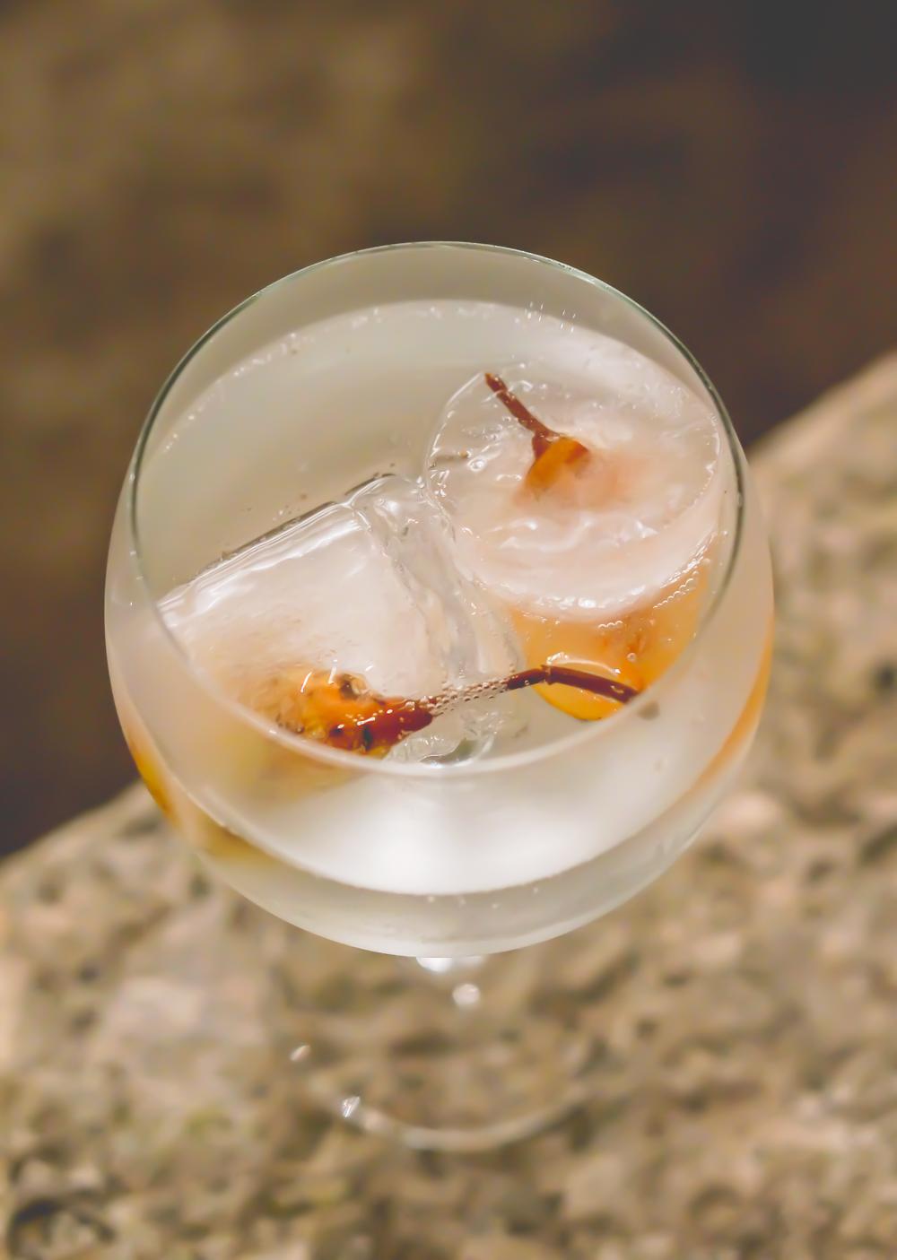 Honey Pear Fizz Cocktail