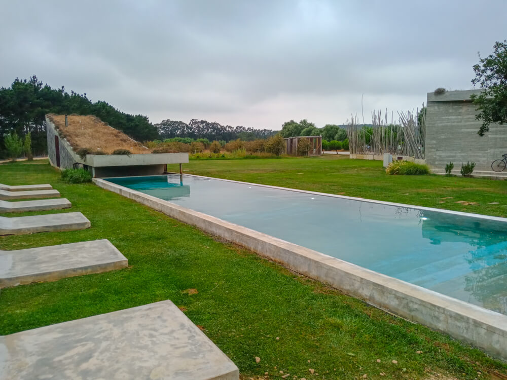 Rio do Prado Hotel, Portugal - Garten und Pool